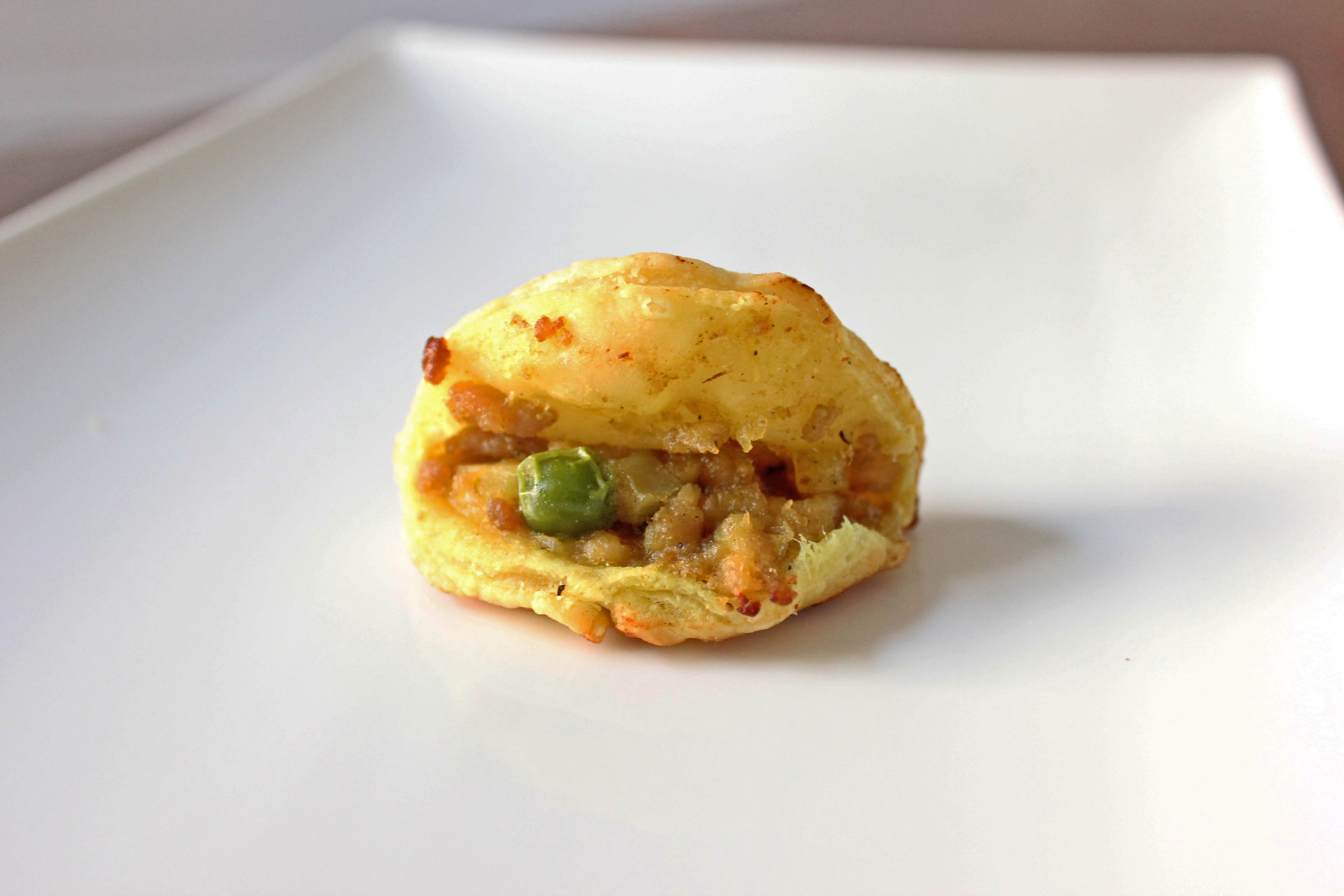 Thai Green Curry Chicken Puffs